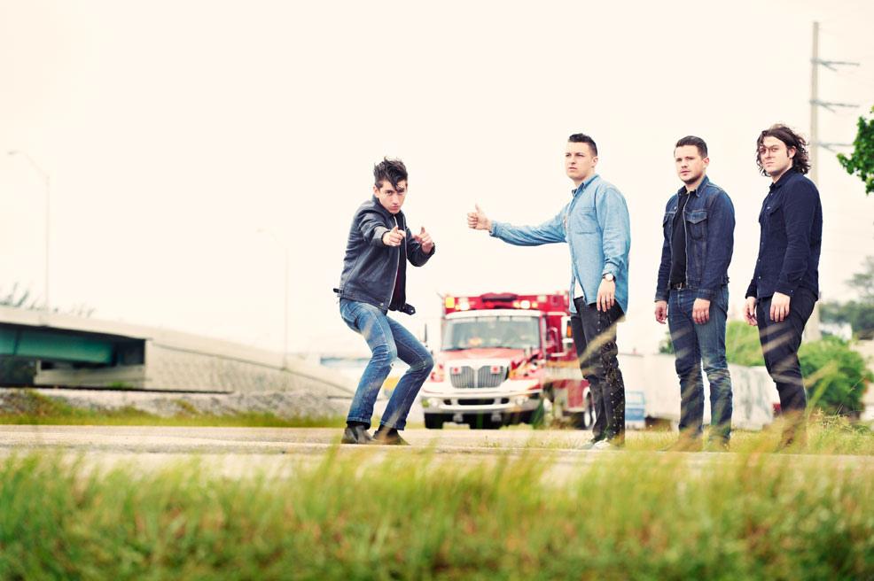 Arctic Monkeys sonunda yeni bir albüm ile geri dönüyor