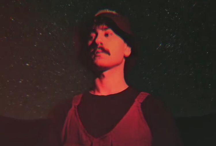 Adakanbo İlk Teklisini Yayımladı!